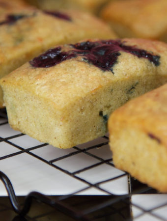 vegan blueberry muffin, muffin, baking, vegan recipe