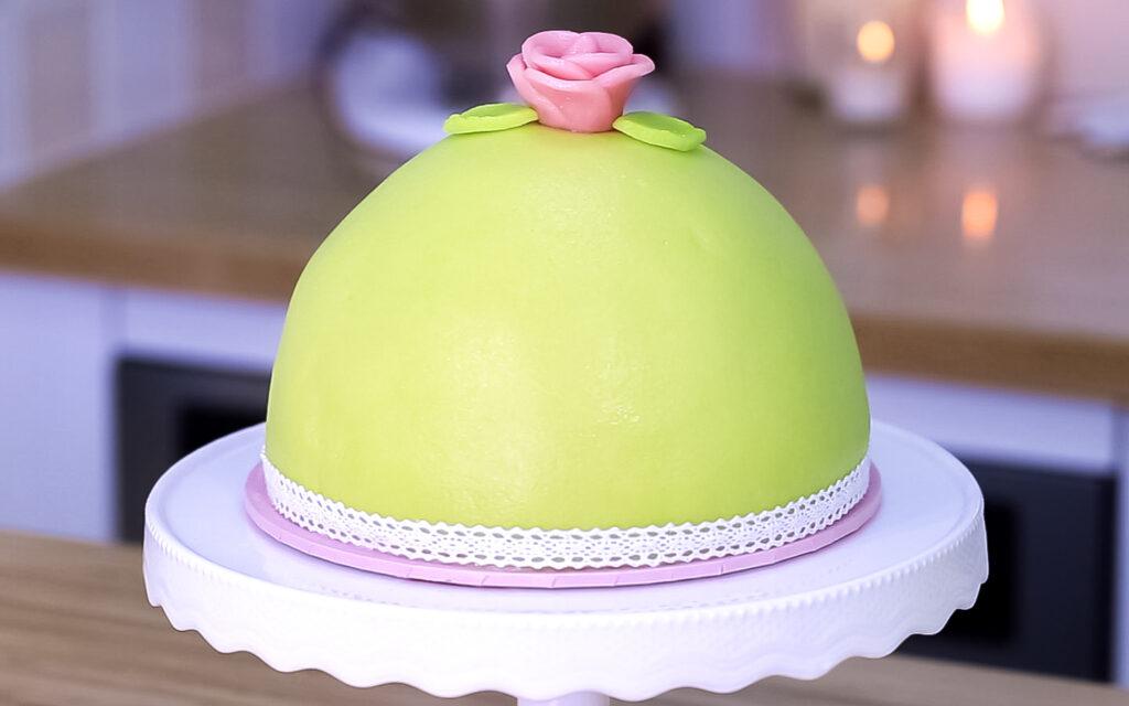 vegan swedish princes cake finished 2