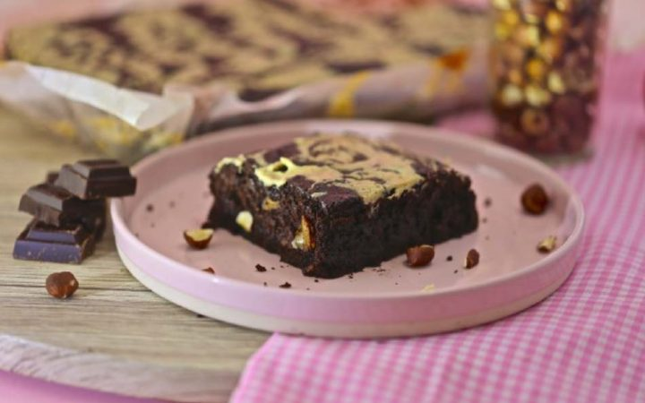Vegan Tahini Hazelnut Brownies